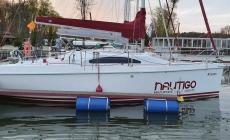 laguna-30-czarter-jachtu-02