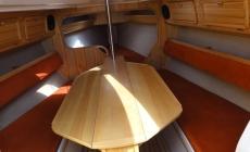 twister-800-wnetrze-jachtu-mesa-04
