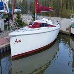 Jacht Laguna 730 to doskonała jednostka dla rodzin z dziećmi